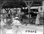 Market scene. Women and men. 1922 2